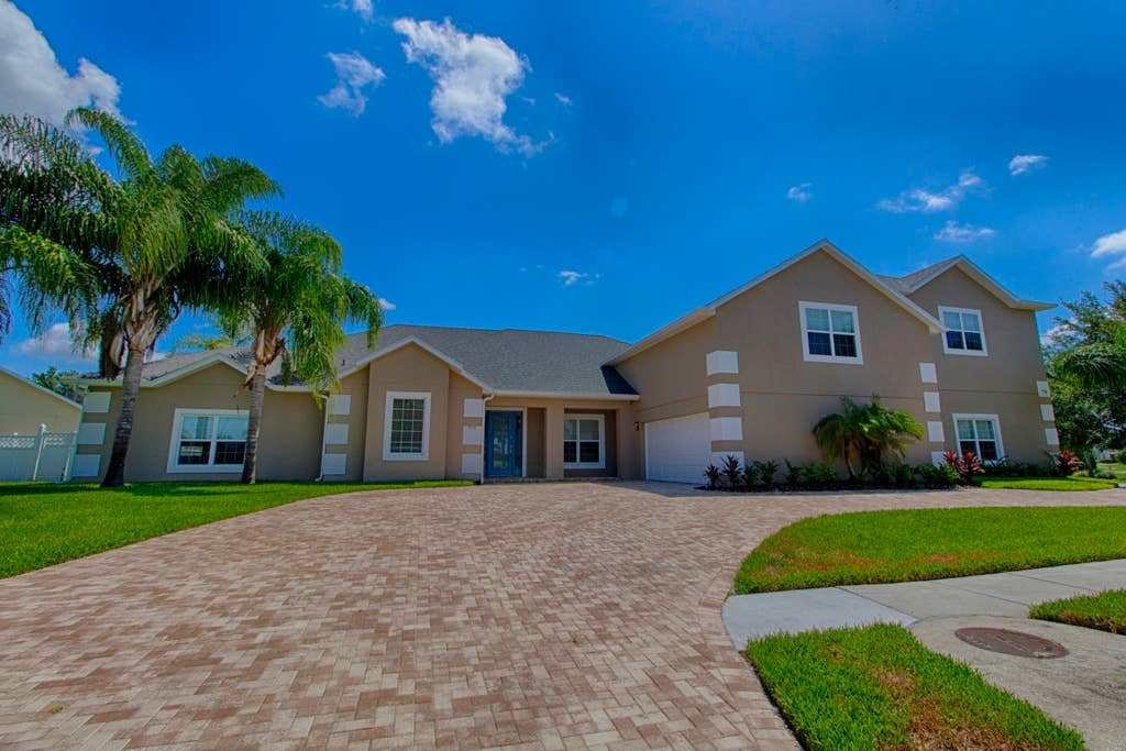 Best Atlantis The Ultimate Disney Vacation Home Houses For With Pictures