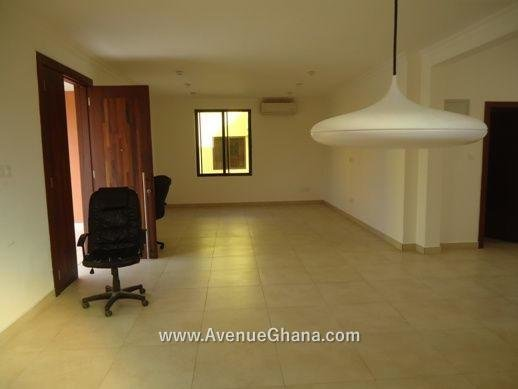 Best 4 Bedroom Town Houses For Rent In Abelemkpe Accra – Near With Pictures