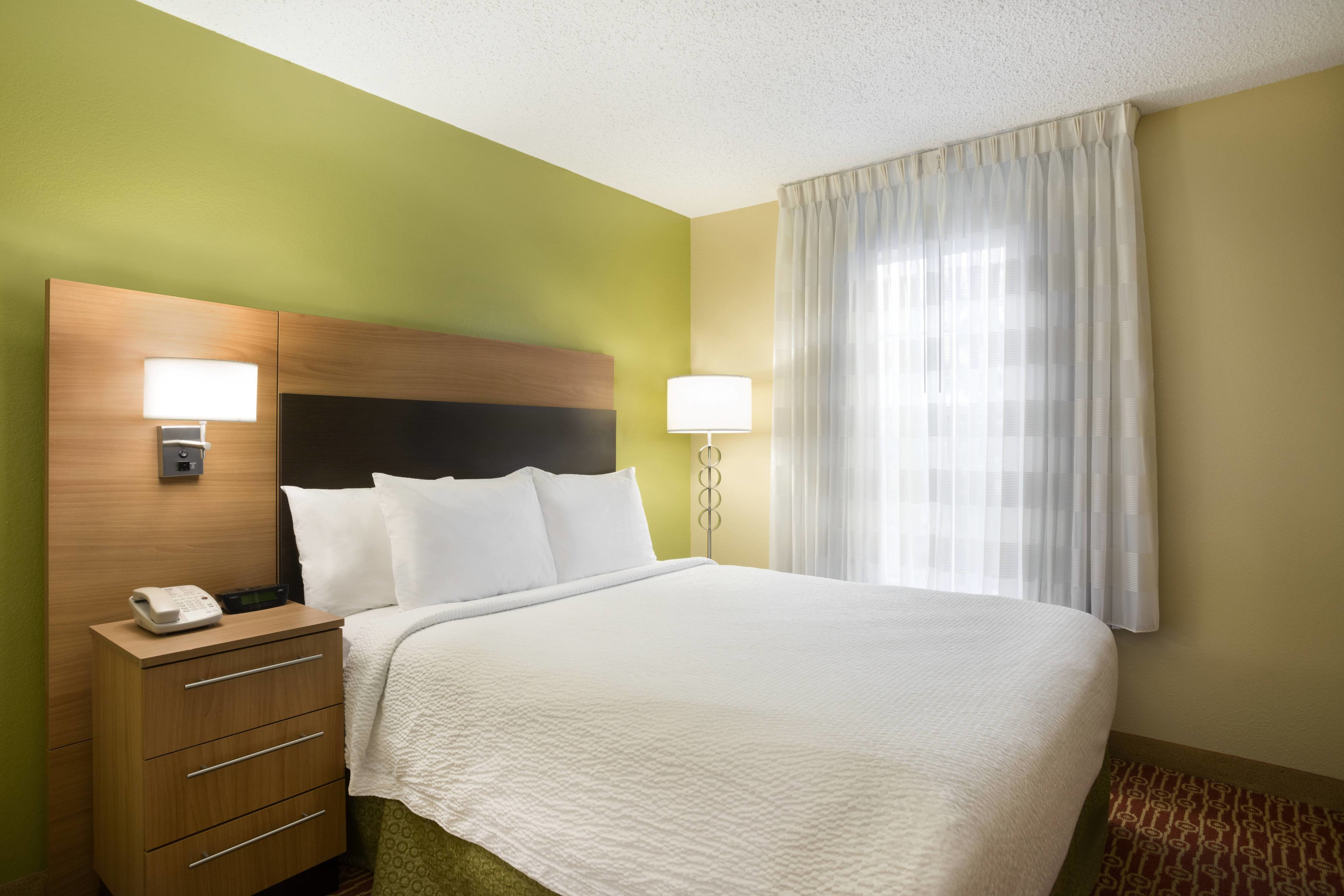 Best Extended Stay Hotels Houston Towneplace Suites Houston With Pictures