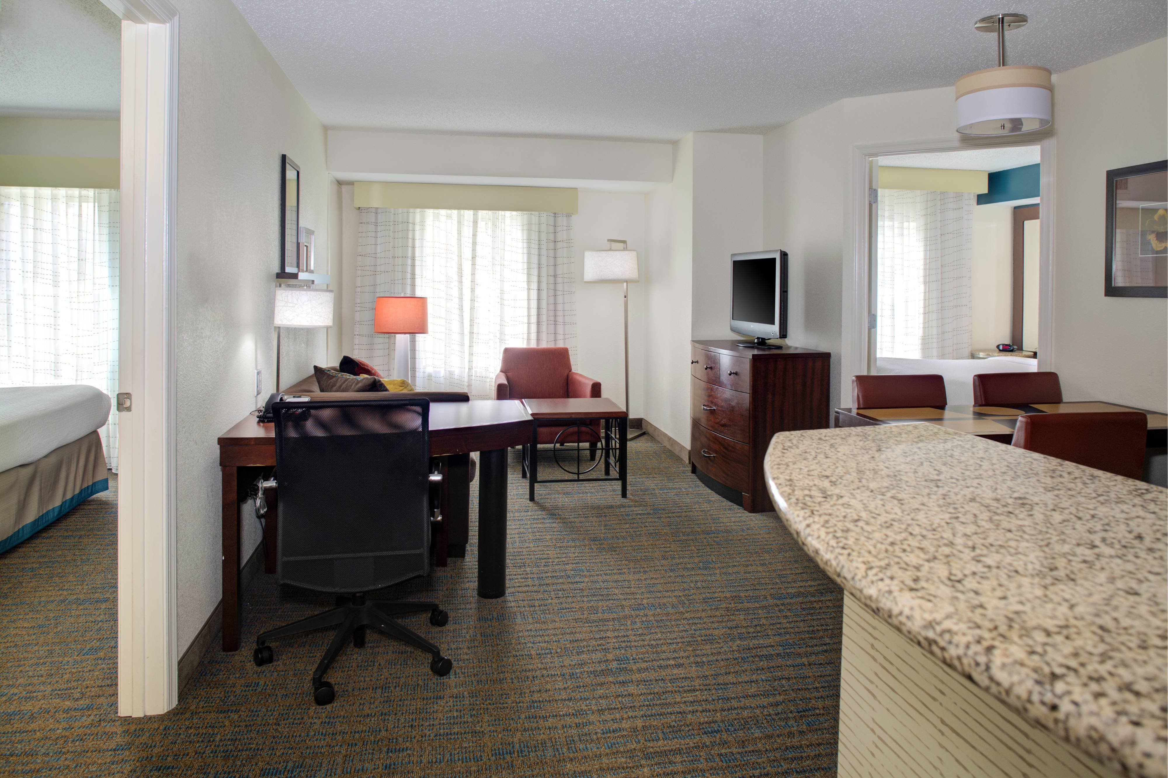 Best Hotel Rooms Amenities Residence Inn Richmond Chester With Pictures