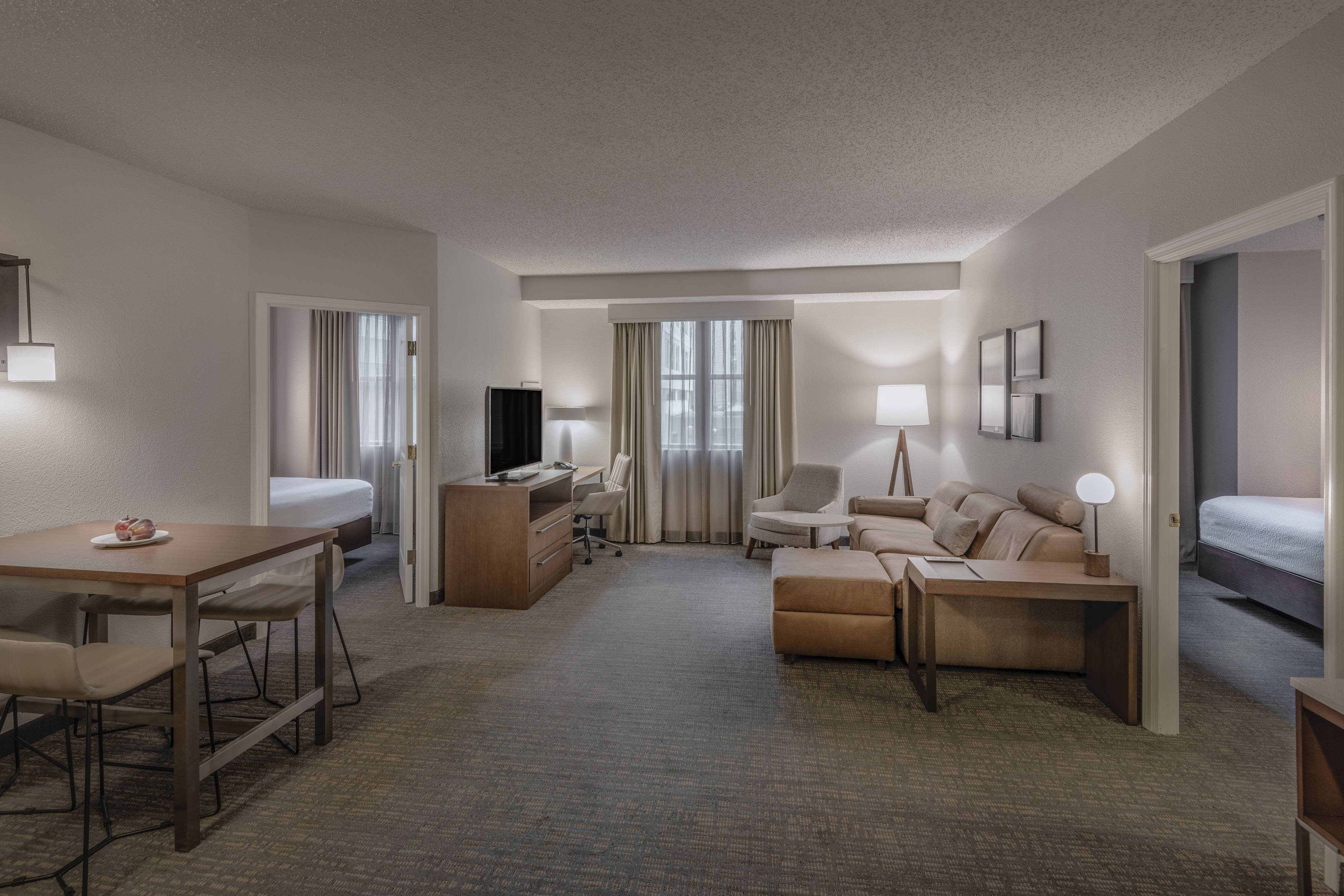 Best Hotel Rooms Amenities Residence Inn Washington Dc Capitol With Pictures