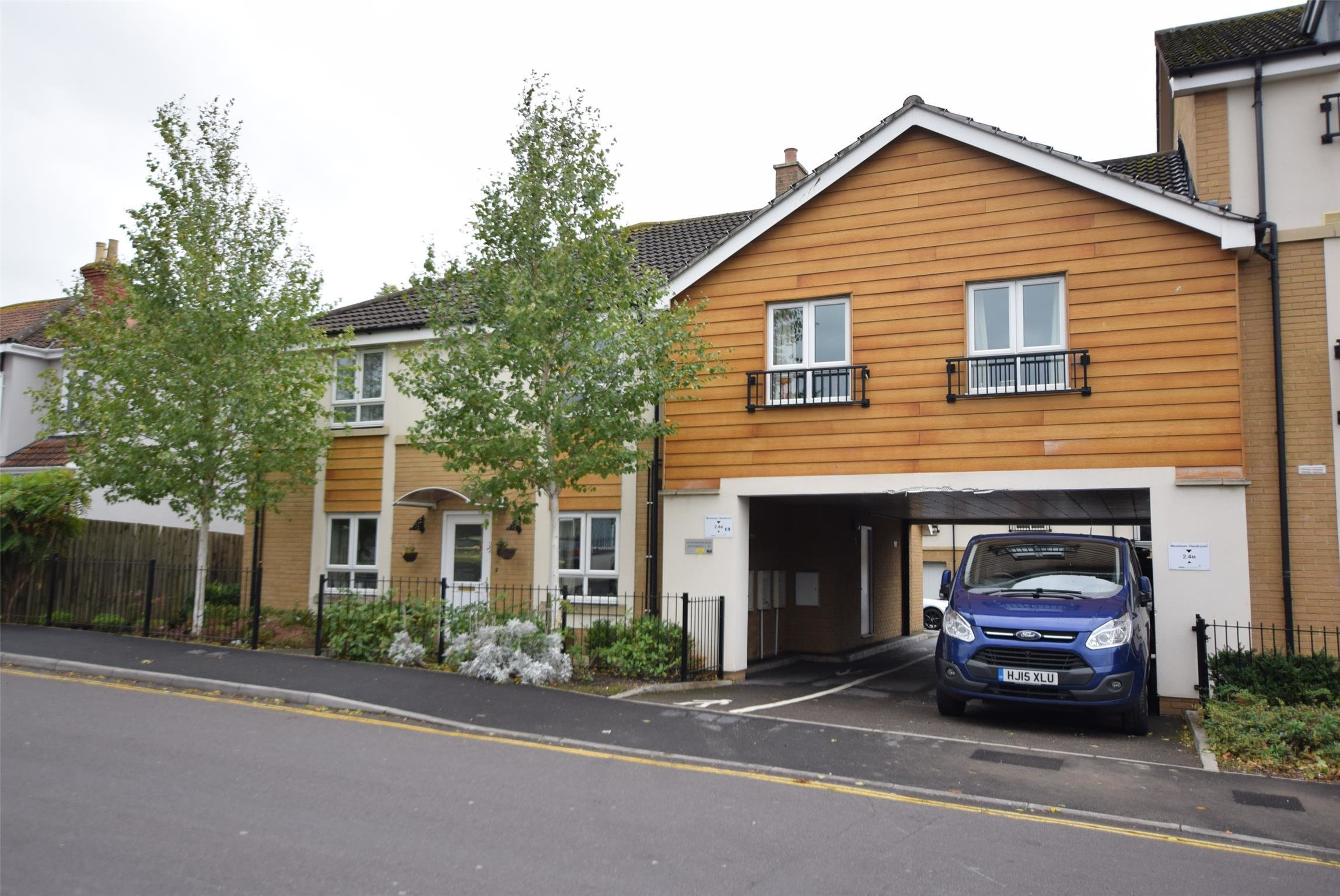 Best 2 Bedroom Flat Housing Benefit Accepted Bristol With Pictures