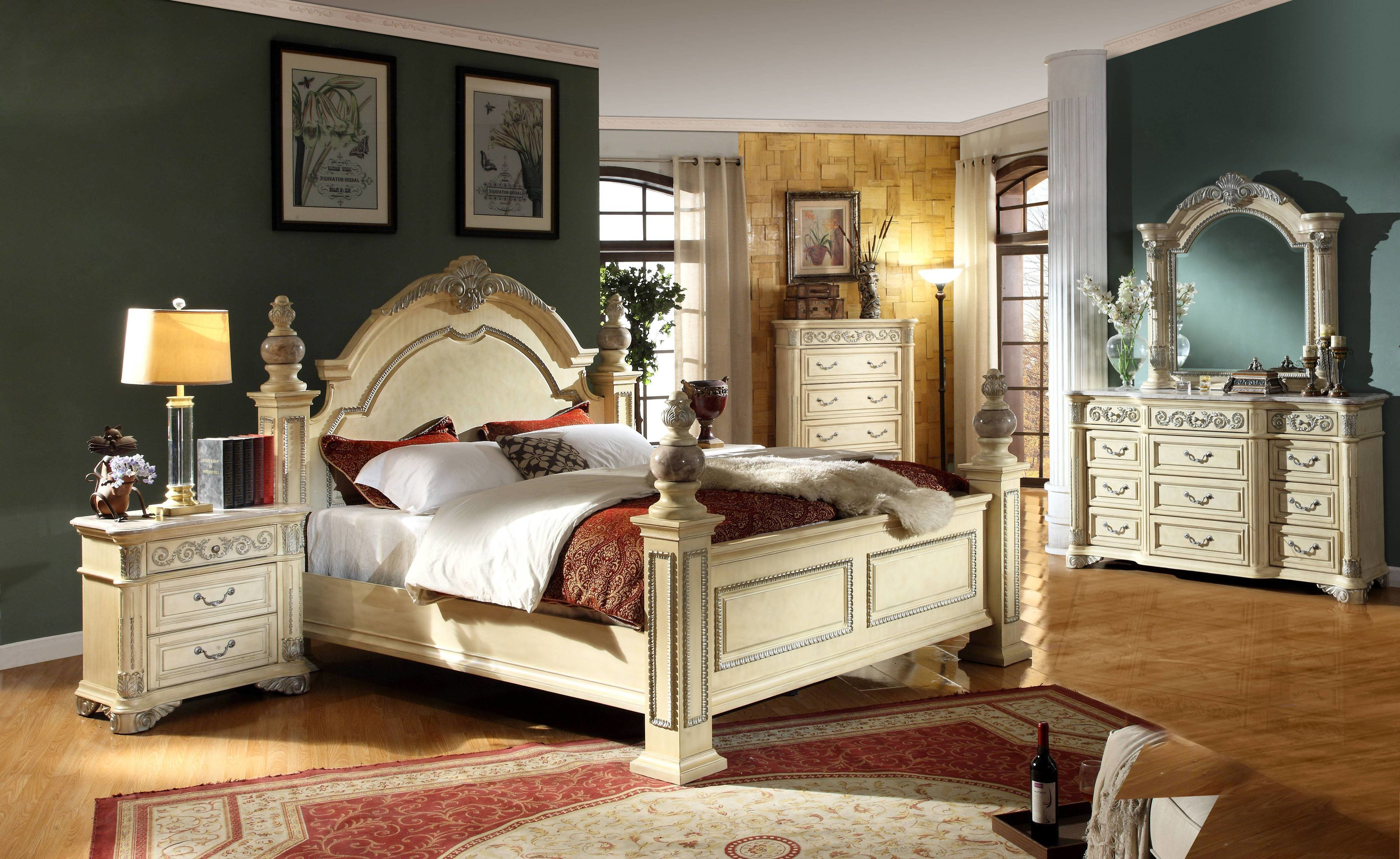 Best Sienna Antique White Solid Wood Master Bedroom Set The With Pictures