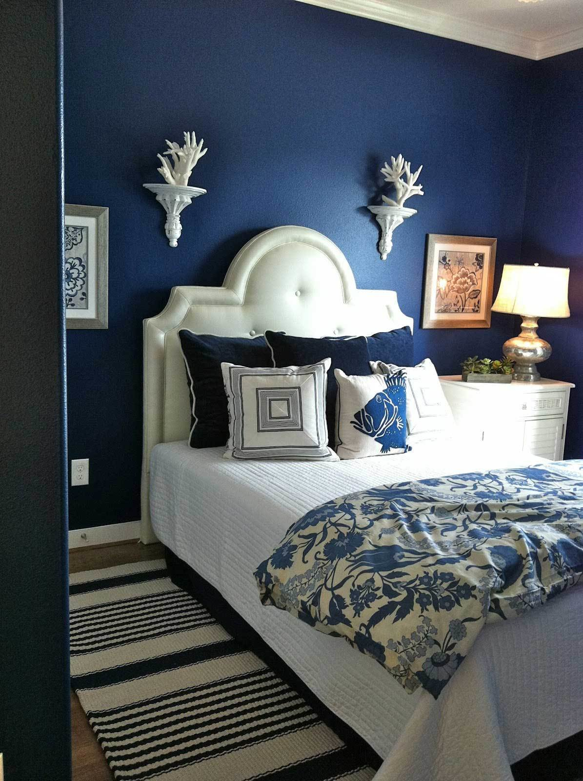 Best Moody Interior Breathtaking Bedrooms In Shades Of Blue With Pictures