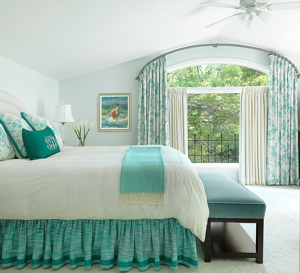 Best Spring 2018 Bedroom Decorating Trends Serene Green And With Pictures