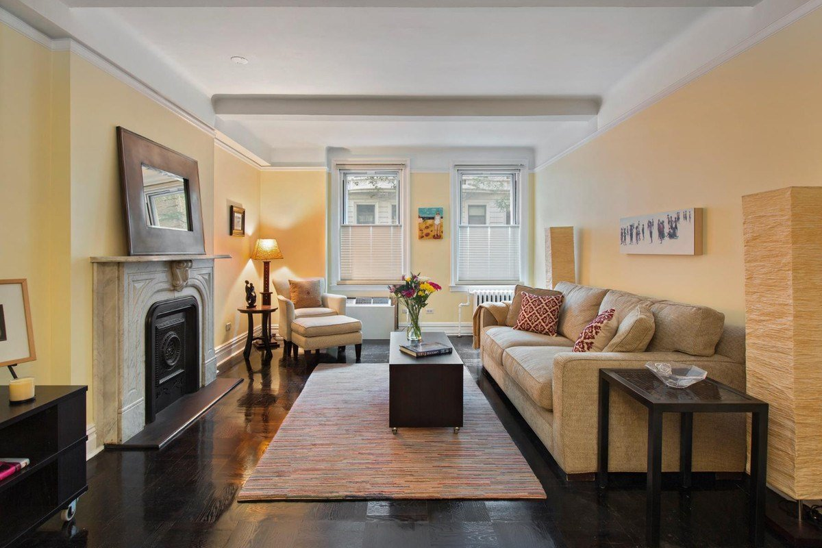 Best Big Reveal 865K For A Classic Upper West Side One With Pictures