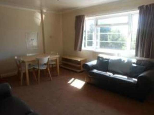 Best 3 Bedroom Flat For Sale On Archers Road Southampton With Pictures