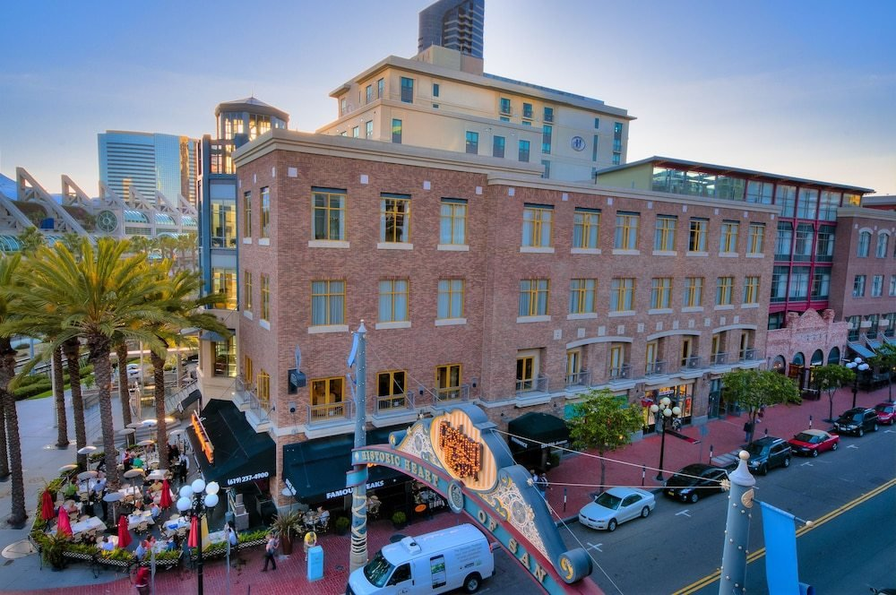 Best Book Hilton San Diego Gaslamp Quarter In San Diego With Pictures