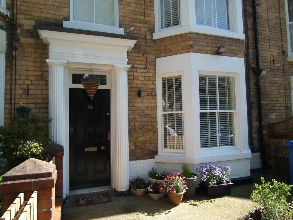 Best Find Out Full Gallery Of Beautiful 4 Bedroom Apartment For Rent Scarborough Displaying 14009 With Pictures