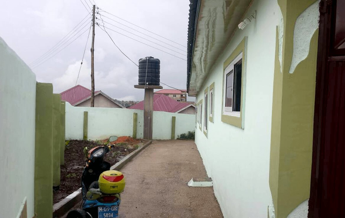 Best House For Sale In Kwabenya – 4 Bedroom 3 Bathrooms With Pictures