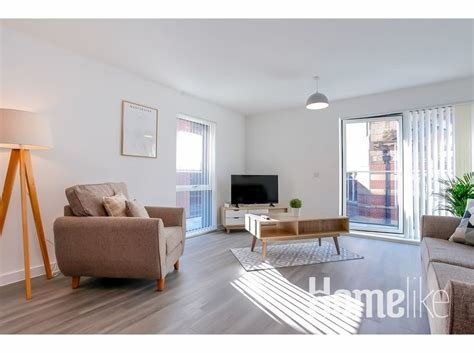 Best Deluxe 2 Bedroom Serviced Apartment With Parking Balcony … For Rent Apartments In Manchester With Pictures