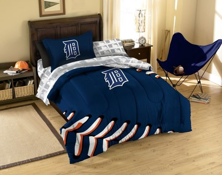 Best 17 Best Detroit Tigers Bedroom Decor Ideas Images On Pinterest Boy Nurseries Boy Rooms And With Pictures