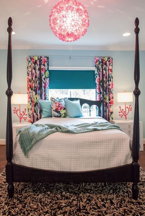 Best Gorgeous Bedroom With A Pink Capiz Chandelier Over The Black Four Poster Bed Savannah Rm With Pictures
