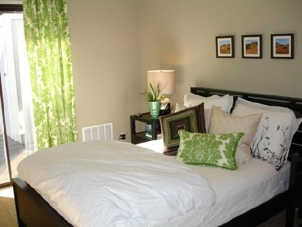 Best 25 Green Brown Bedrooms Ideas On Pinterest Green Bedroom Colors Living Room Decor Green With Pictures