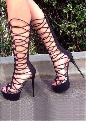 Best 78 Best S*Xy High Heels Feet In The Bedroom Images On Pinterest S*Xy High Heels Shoe And With Pictures