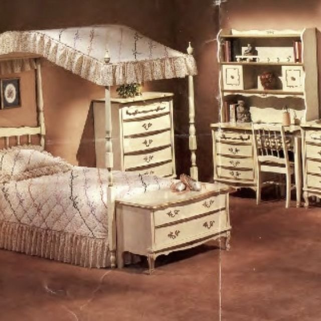 Best Pin By Diane Spencer On Memories Girls Bedroom Sets With Pictures
