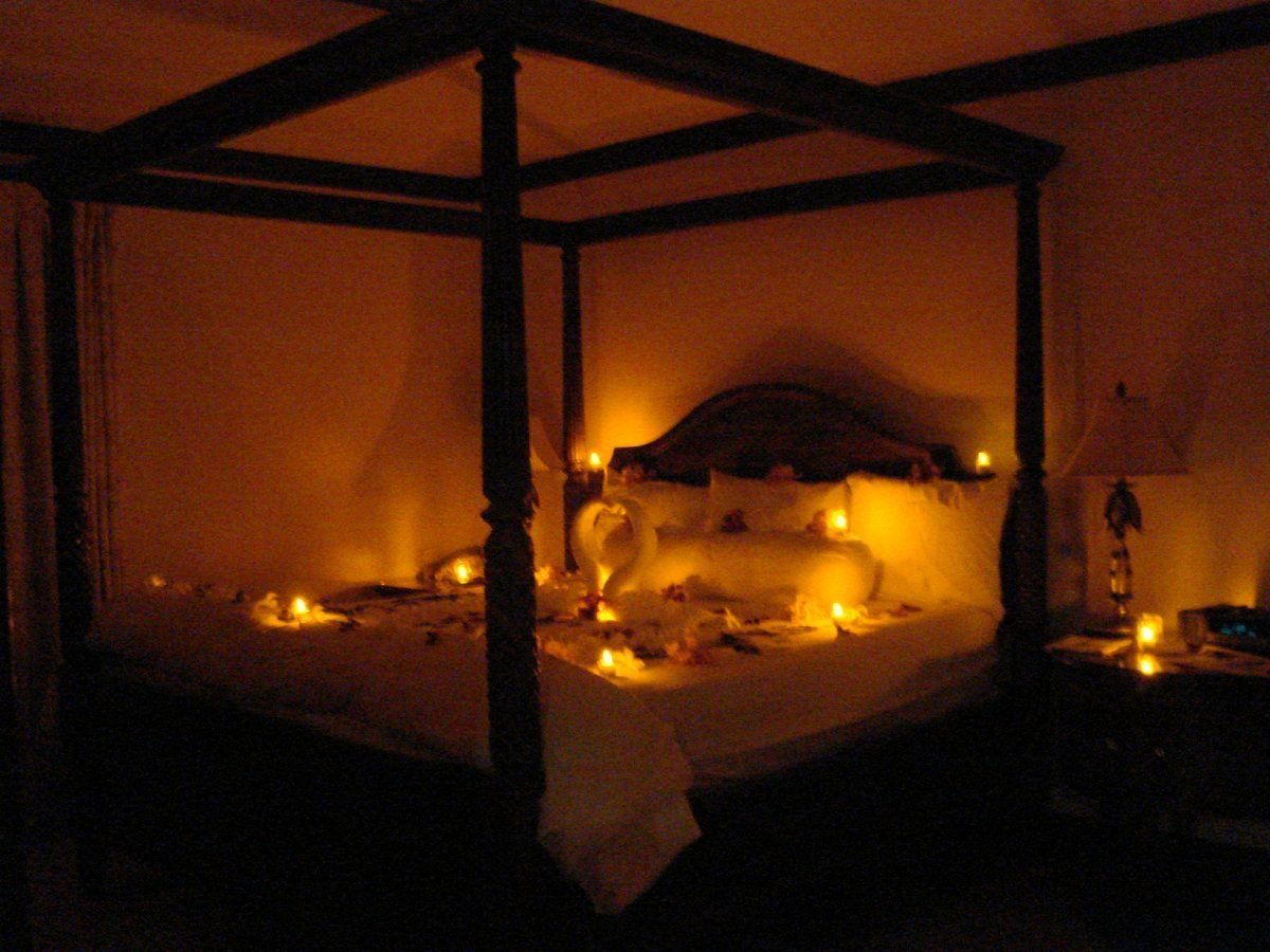 Best Romantic Bedroom Ideas For Recently Married Couples With Pictures