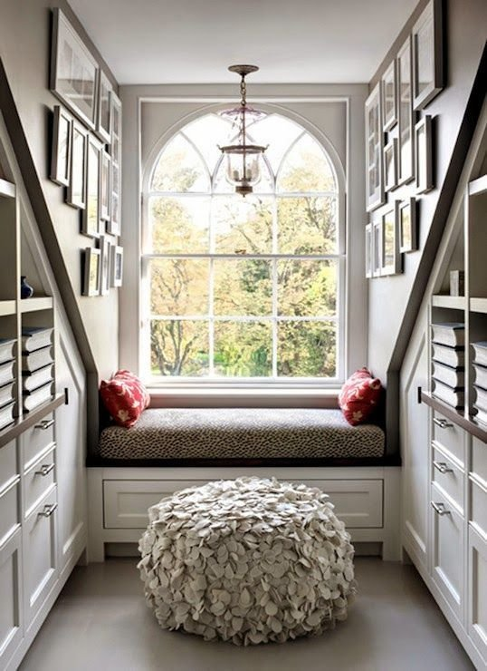 Best Decorating Ideas For A Dormer Fly Spaces Places With Pictures
