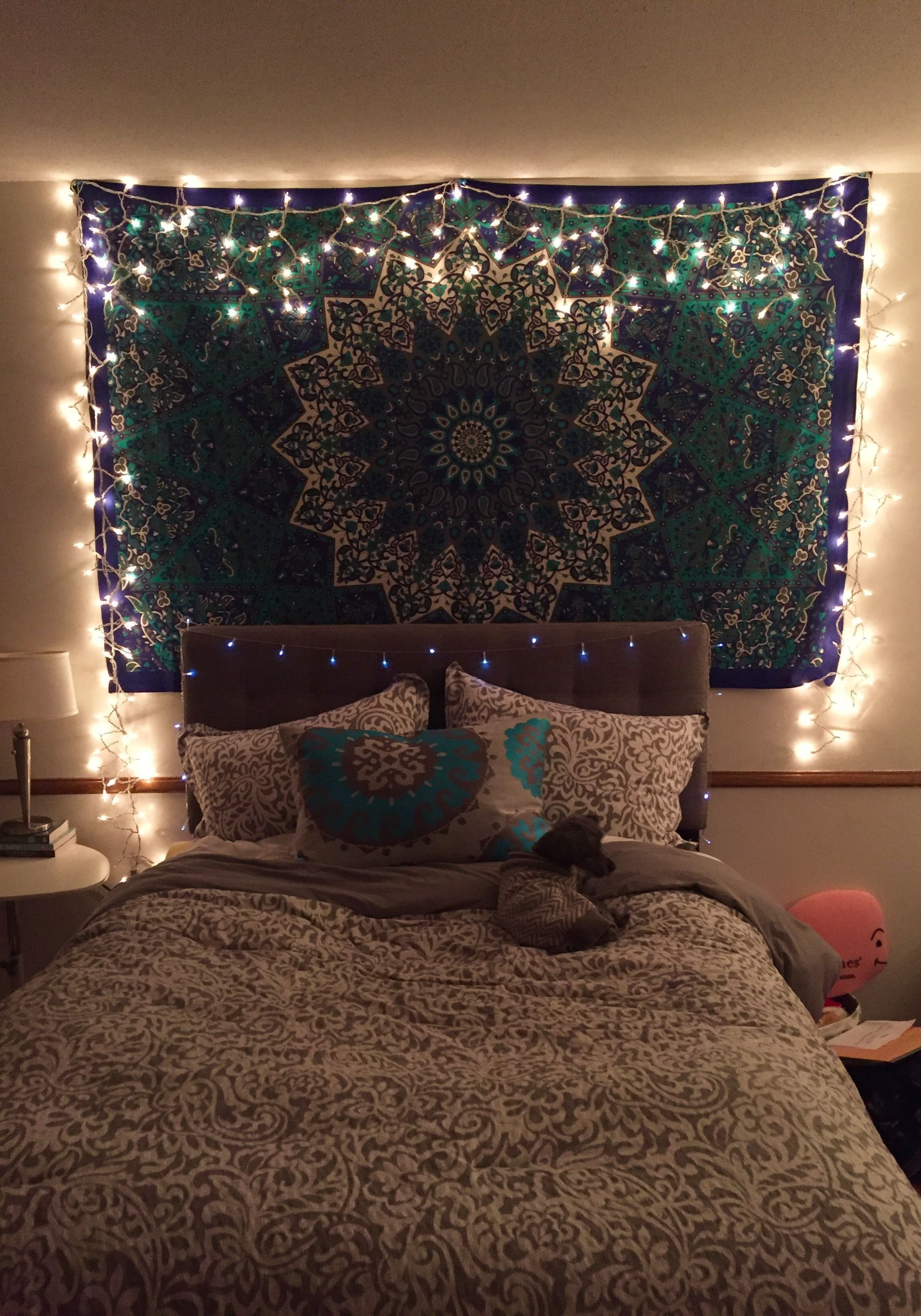 Best Tapestry With Icicle Lights Bedroom Bedroom Decor With Pictures