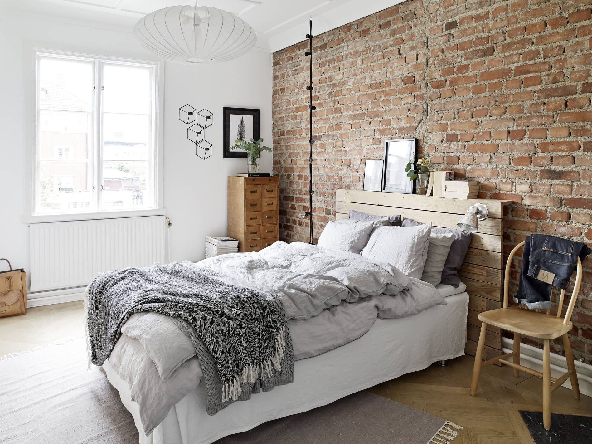 Best Bedroom Designs For The Home Brick Bedroom Brick Wall Bedroom Apartment Bedroom Decor With Pictures