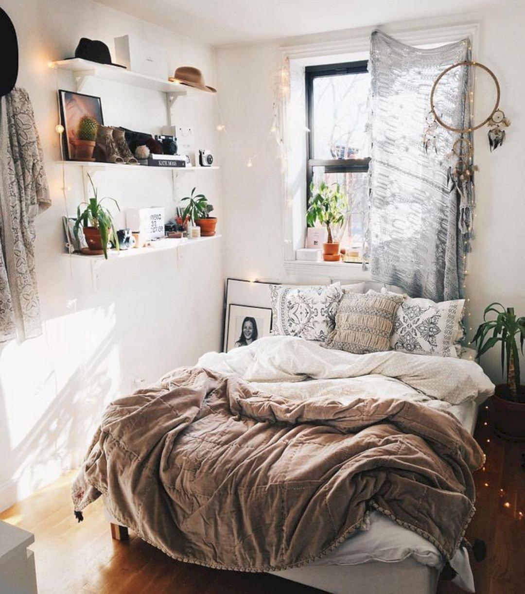 Best 10 Best And Modern Bedroom Decorating For Your Cozy With Pictures