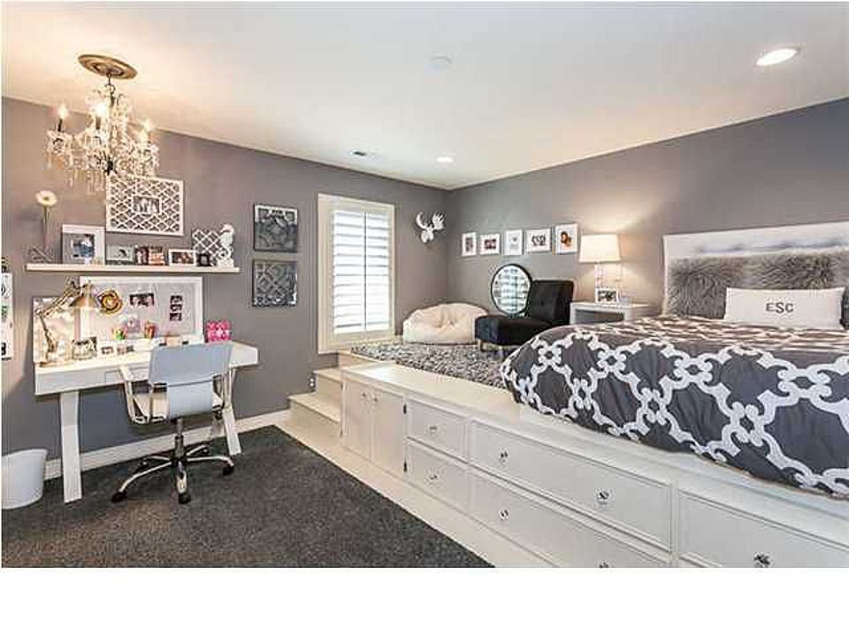 Best Lifted Bed Piper S Dream Room She Said She Would Be In With Pictures