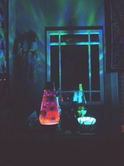 Best Tell Mom To Put My Blacklight And Lava Lamp Upstairs And With Pictures