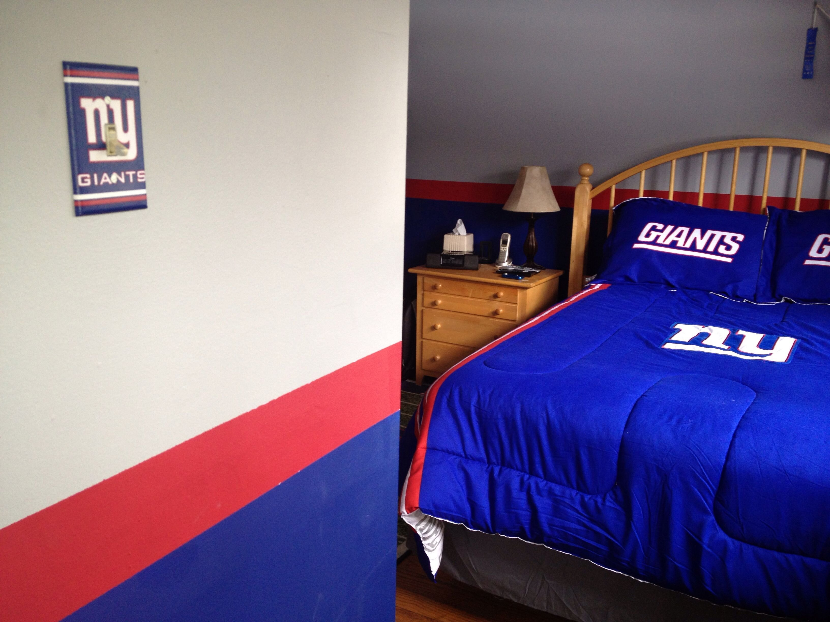 Best Ny Giants Ny Giants Bedroom In 2019 Bedroom Man Cave With Pictures