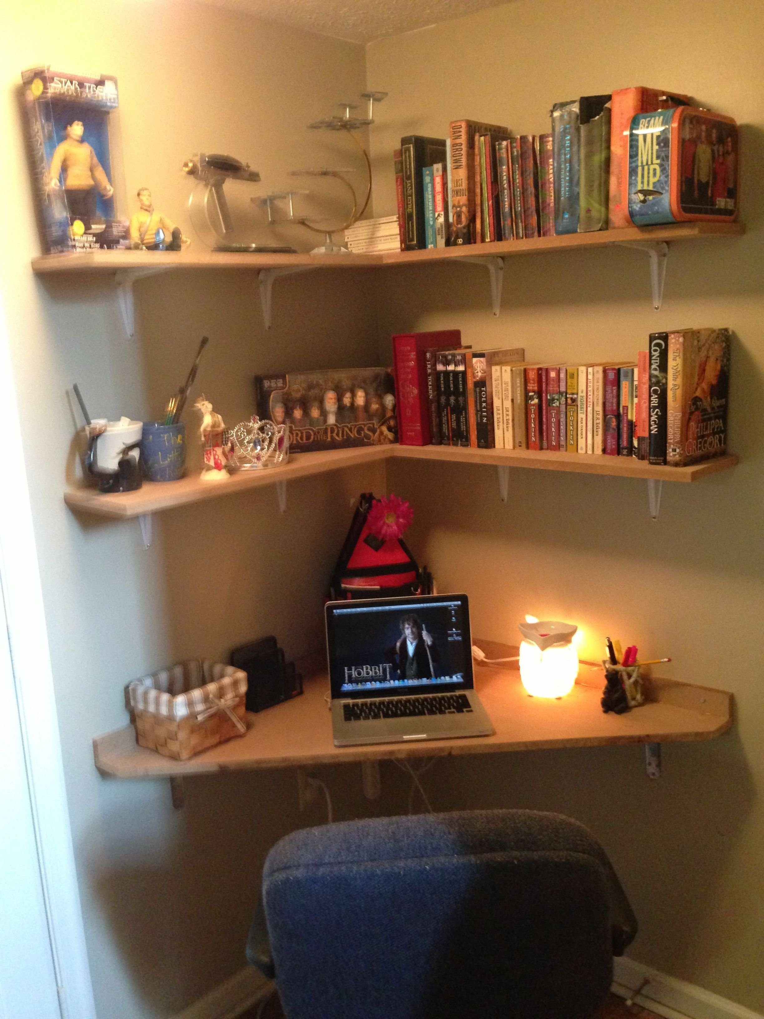 Best Built A Corner Desk In 6X6 Landing Love It Products I With Pictures