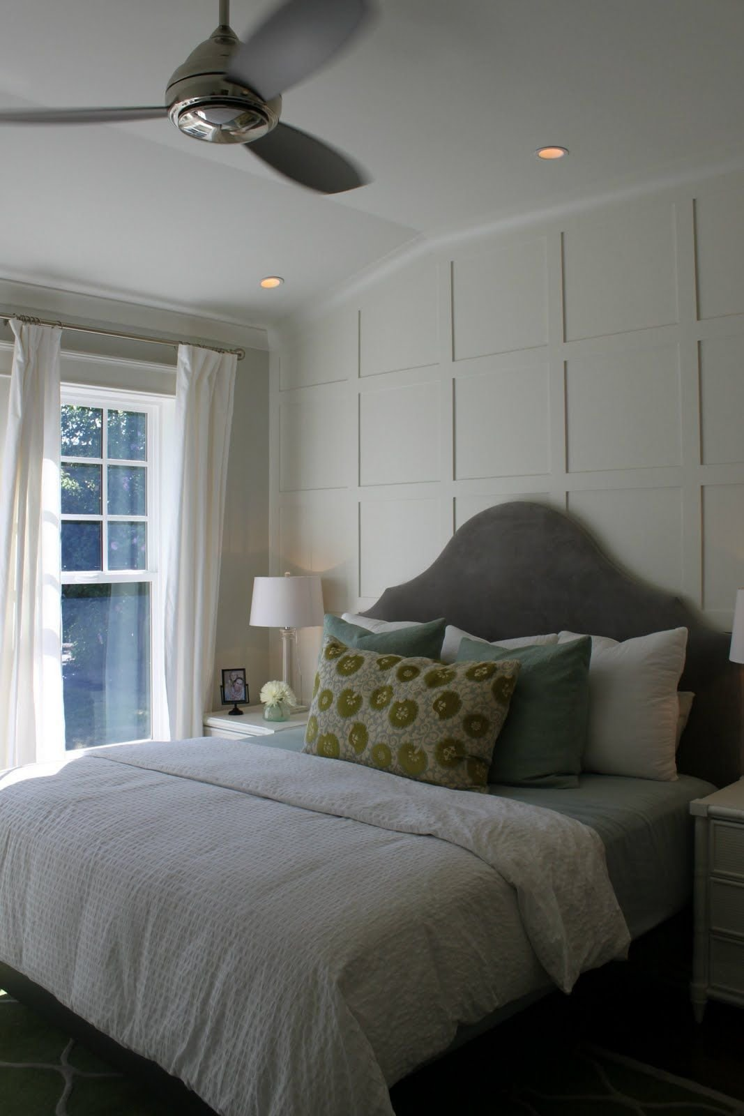 Best The Wood Lattice Design On The Back Wall Gives A Wonderful With Pictures