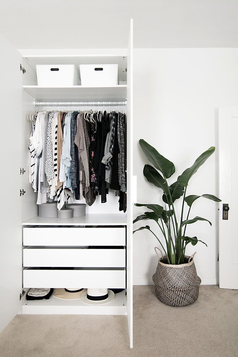 Best Hideaway Storage Ideas For Small Spaces Minimalist With Pictures
