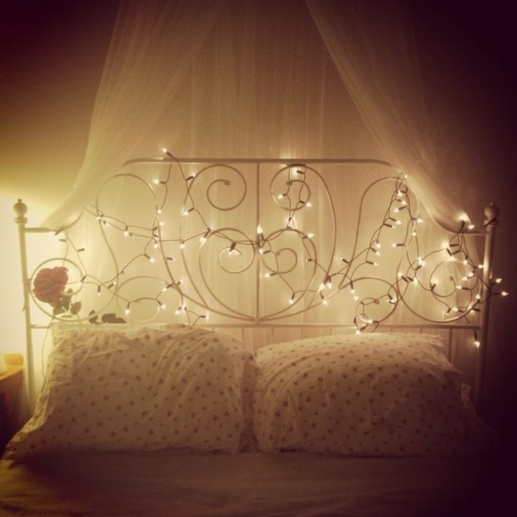 Best 13 Ways To Use Fairy Lights To Make Your Bedroom Look With Pictures