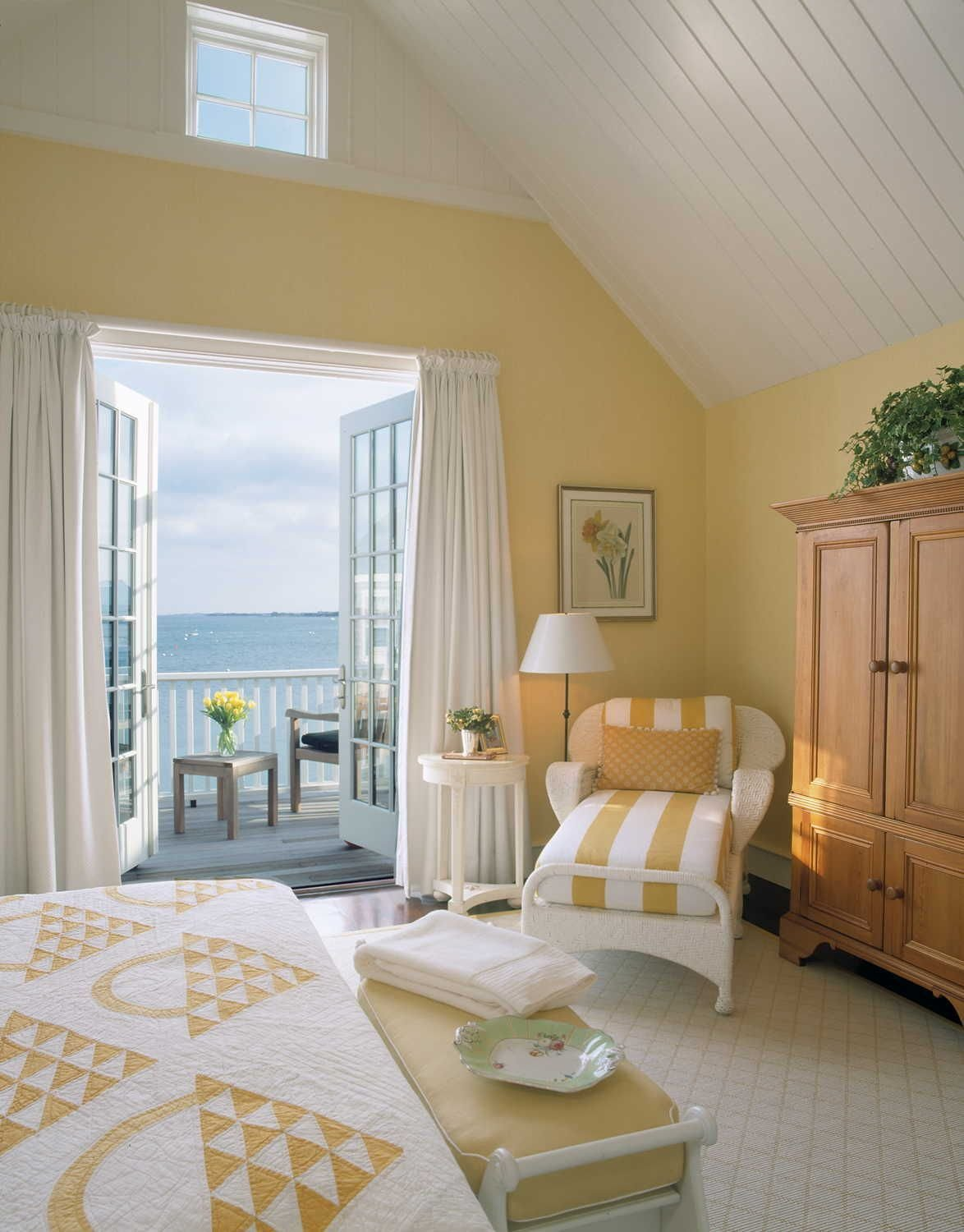 Best The Nantucket Cottage Decor Style Bedrooms Cottage With Pictures