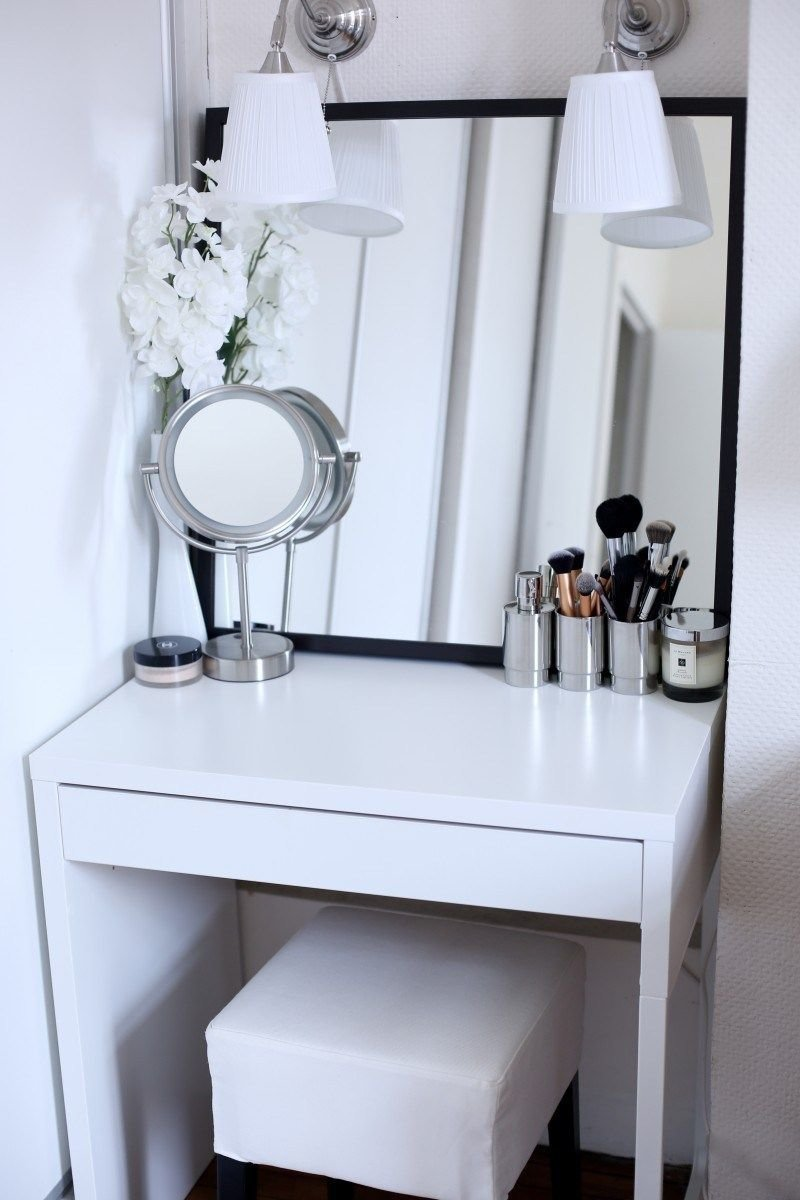 Best 7 Inspiring Examples Of Makeup Dressing Tables For Small Spaces ☁️ H A B I T A T ☁️ Makeup With Pictures