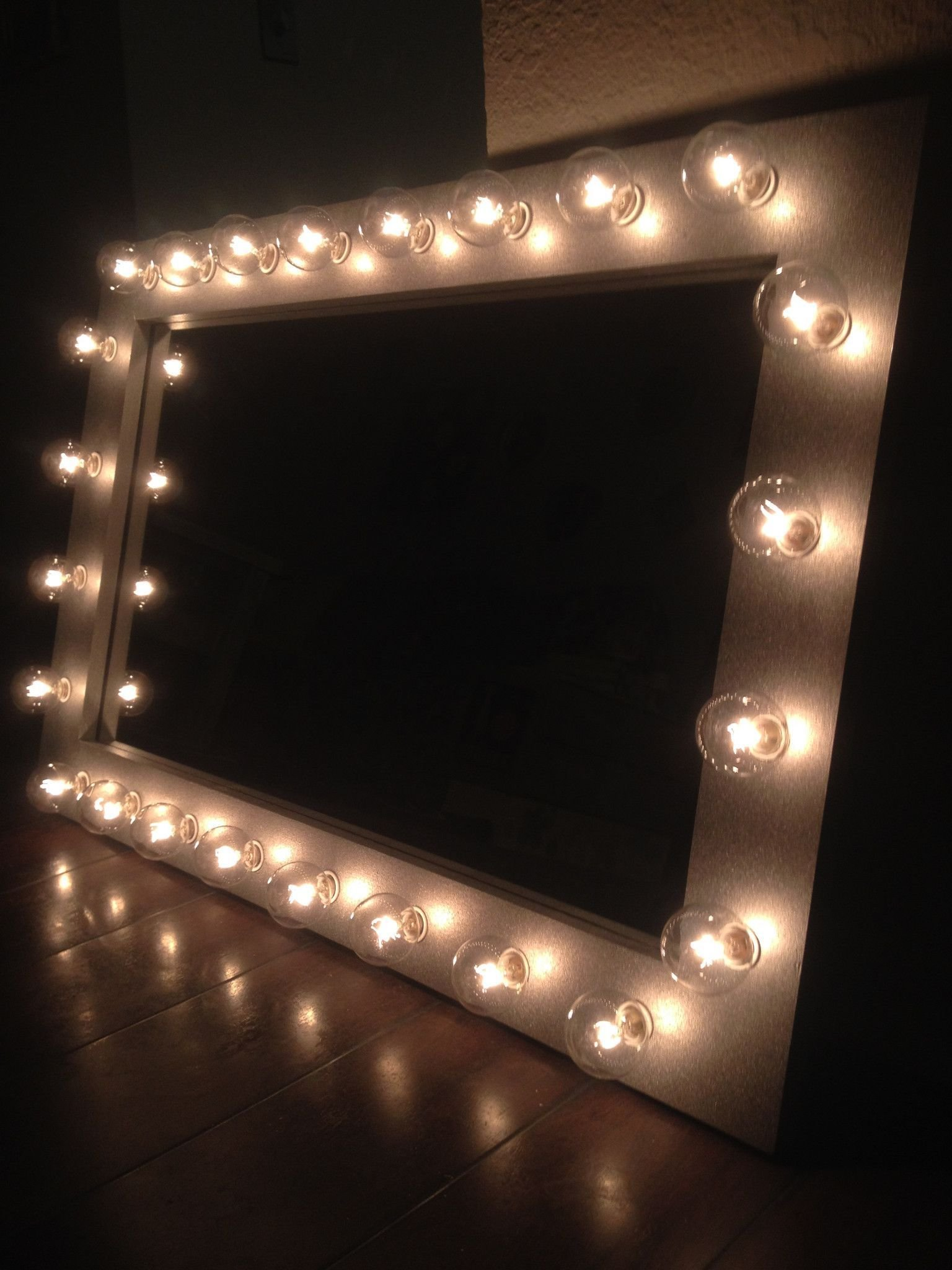 Best Silver Belle Lighted Vanity Mirror Home Bedroom Decor With Pictures