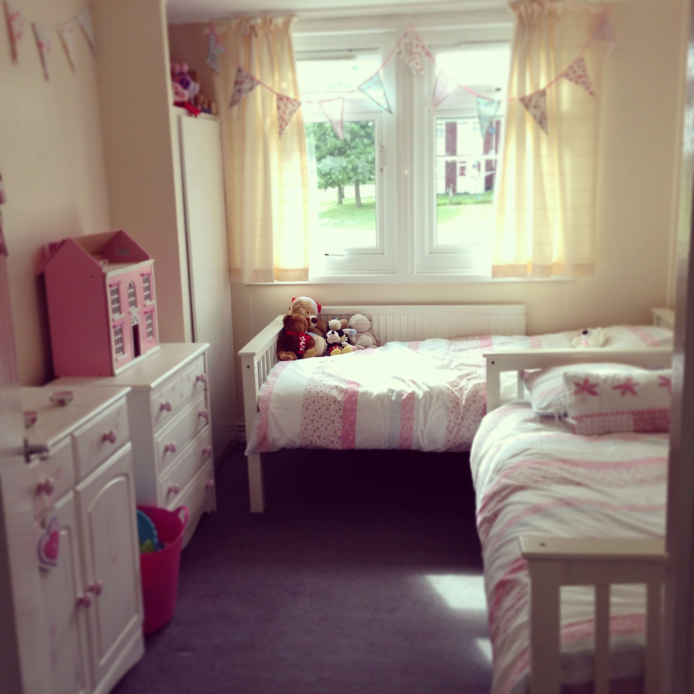 Best This Is Our Twin Girls Toddler Bedroom After Changing A With Pictures