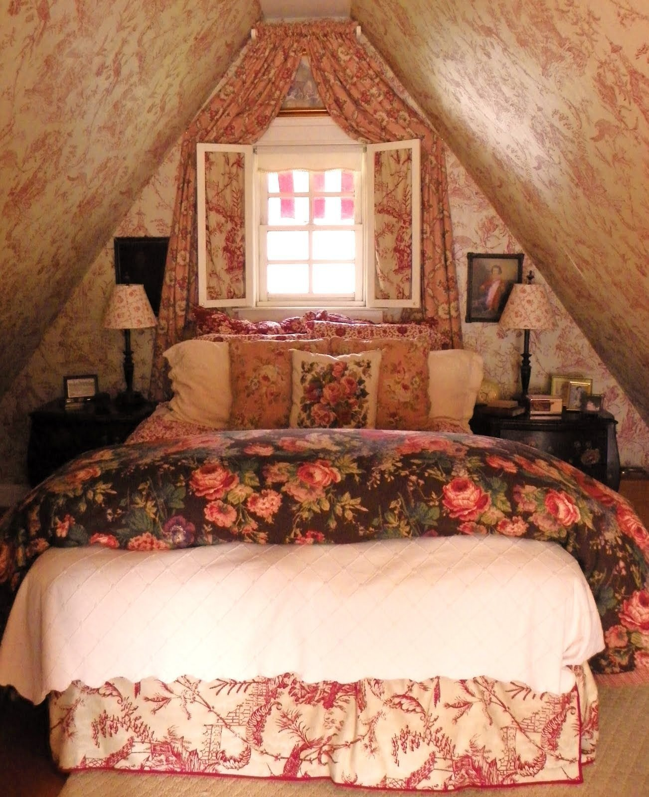 Best Brambly Toile Bedroom ☗ A Rose By Any Other Name With Pictures