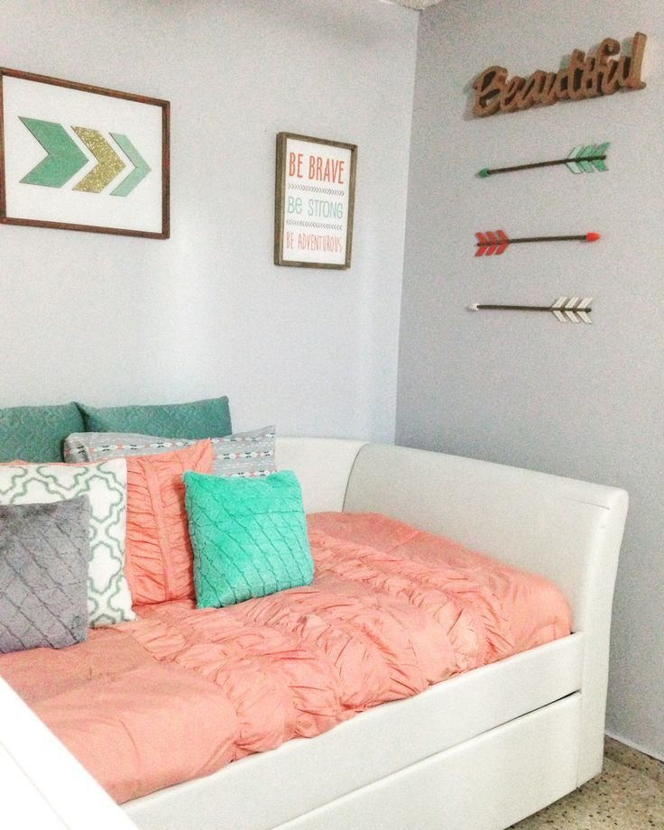 Best Coral Teal Grey And Gold Caroline In 2019 Bedroom Decor Room Decor Coral Bathroom With Pictures