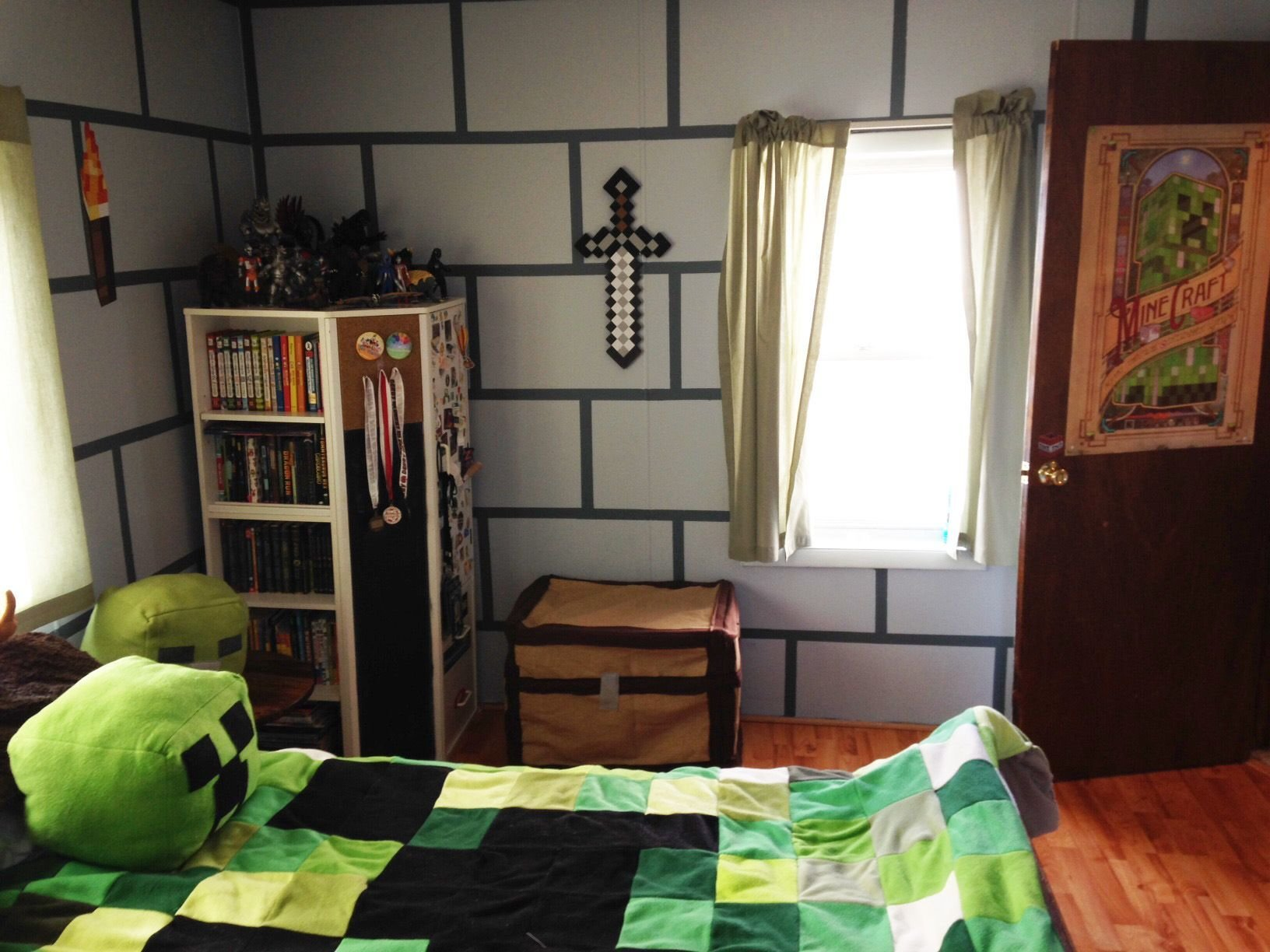 Best Diy Minecraft Bedroom Shadowbinders Xavier With Pictures