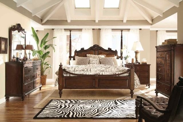 Best Just Beachy British Colonial British Colonial Bedroom With Pictures