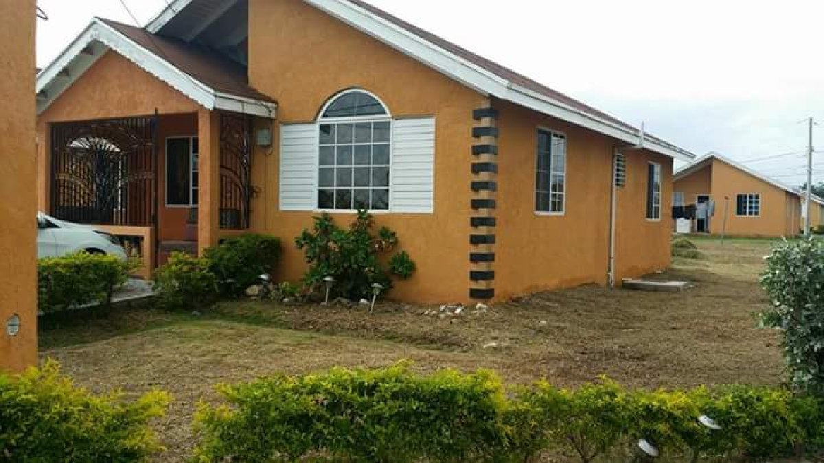 Best 2 Bedroom House For Rent For Sale In Old Harbour Jamaica With Pictures
