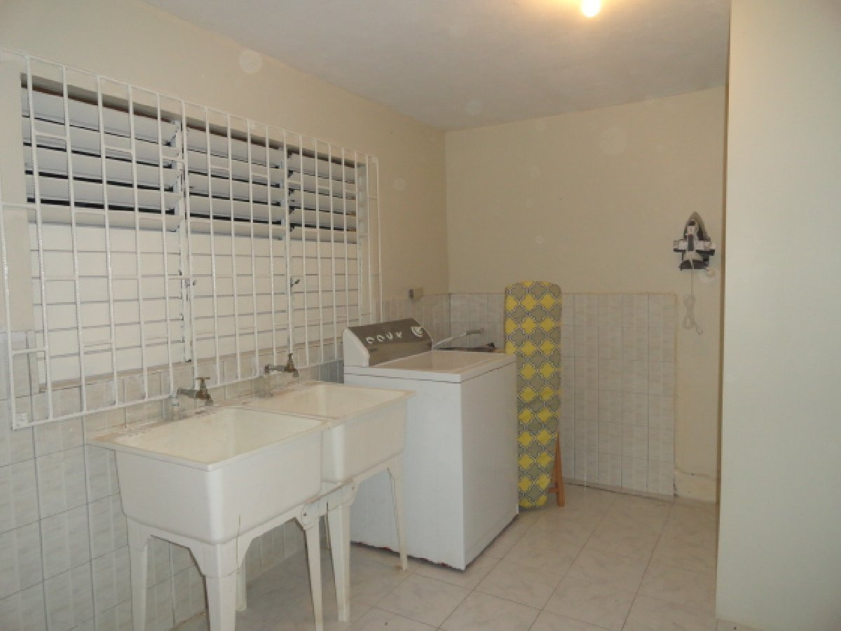 Best 1 Bedroom 1 Bathroom Fully Furnished For Rent In Montego With Pictures Original 1024 x 768