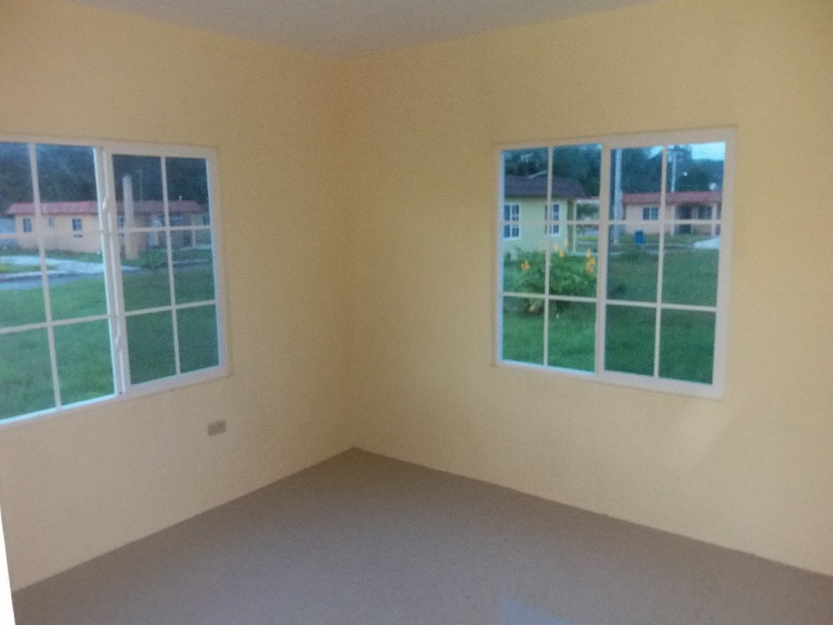 Best Brand New 2 Bedroom 1 Bath Home For Rent In Jewel Estate With Pictures Original 1024 x 768