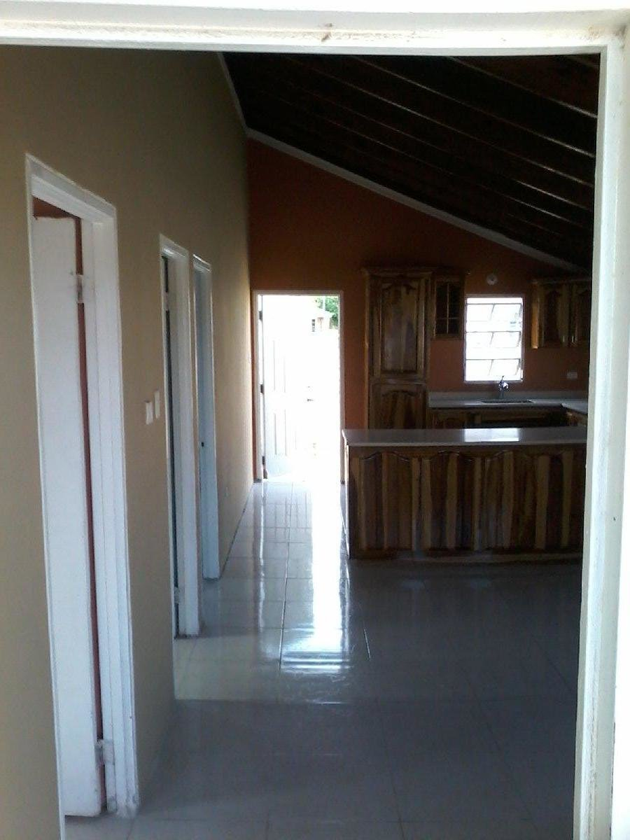 Best 2 Bedroom 1 Bathroom House For Rent In Magil Palms St With Pictures