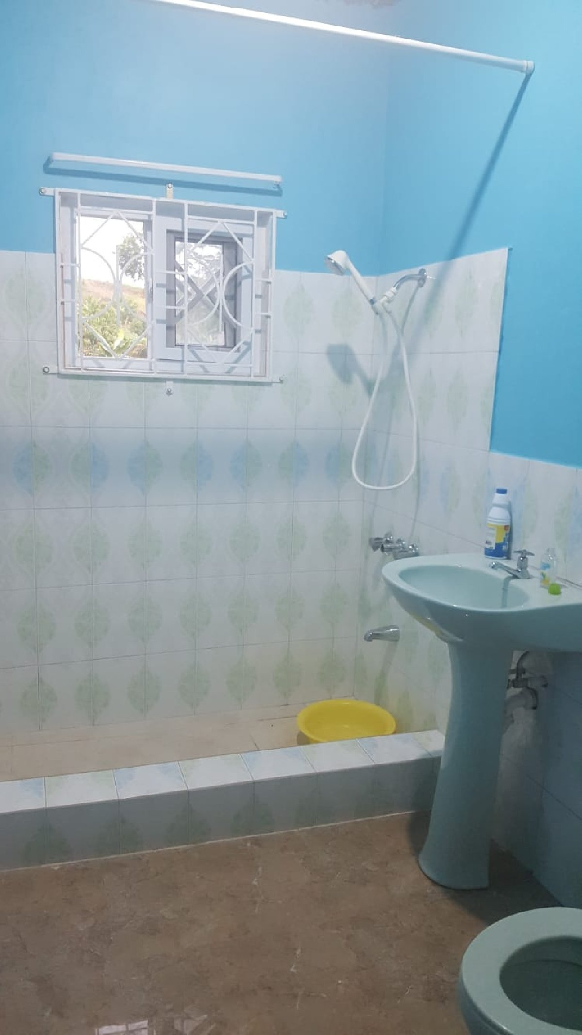 Best 3 Bedroom 2 1 2 Bathroom For Rent In Davis Town Scheme St With Pictures