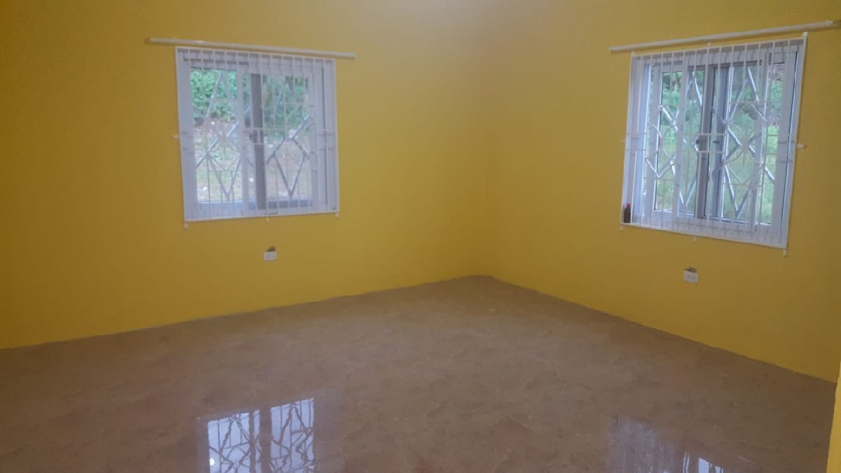 Best 3 Bedroom 2 1 2 Bathroom For Rent In Davis Town Scheme St Ann Houses With Pictures