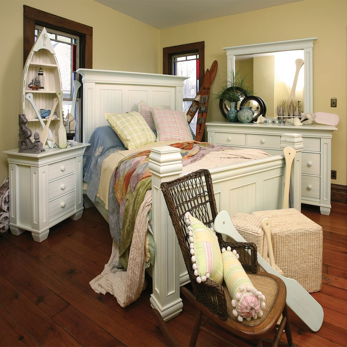 Best Coastal Cottage Bedroom Set King Dinettes With Pictures