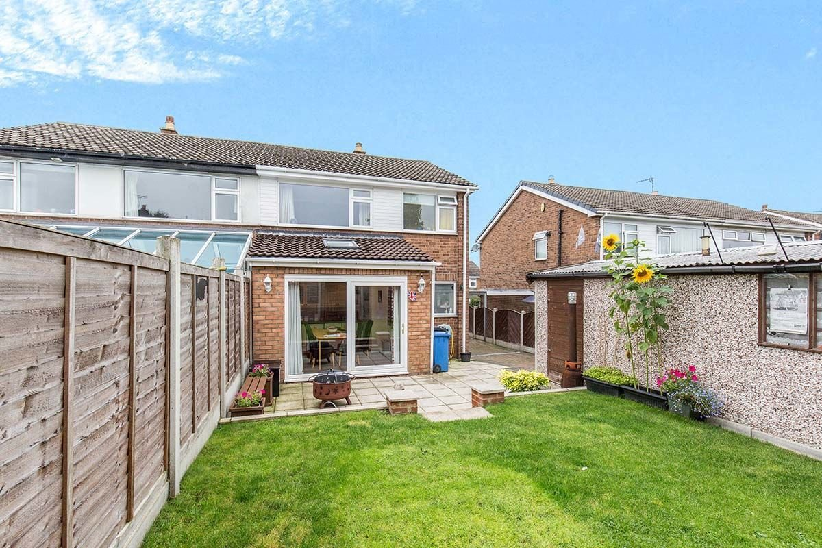 Best 3 Bedroom Houses For Sale In Leeds Reeds Rains With Pictures