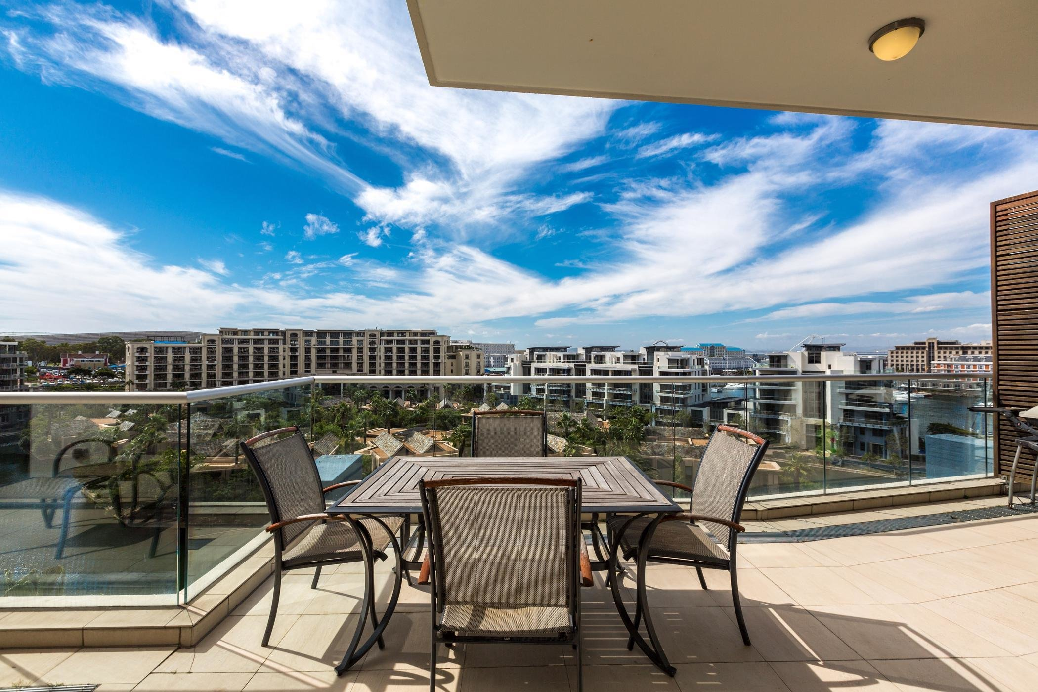 Best 2 Bedroom Apartment To Rent Waterfront Cape Town With Pictures