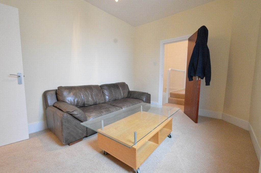 Best Property To Rent Aldeburgh Street Greenwich Se10 2 Bedroom Flat Through Latitude Residential With Pictures